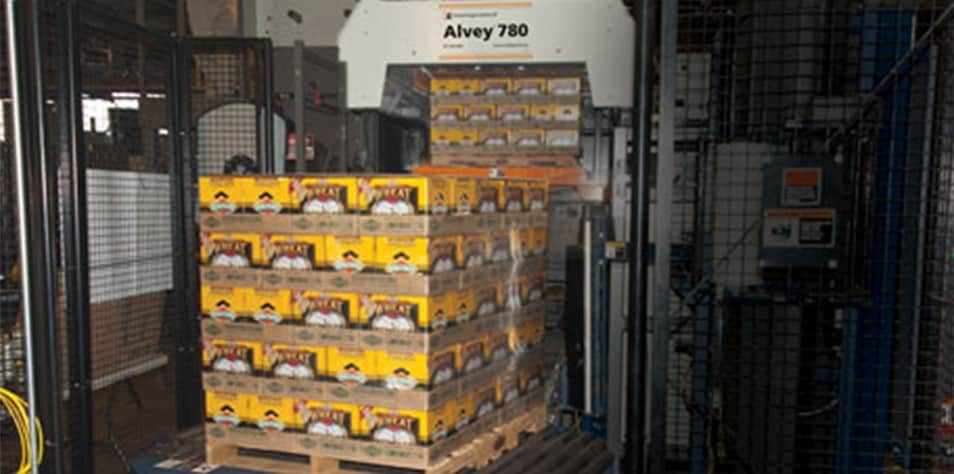 Alvey 780 palletizer with Boulevard Brewing beer cases